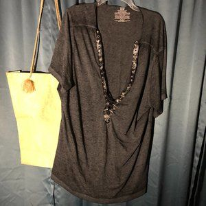 GEORGE T-shirt Foe Leather Studs and Black Laces